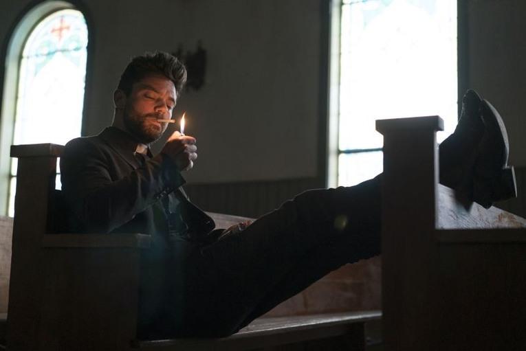Dominic Cooper como Jesse Custer