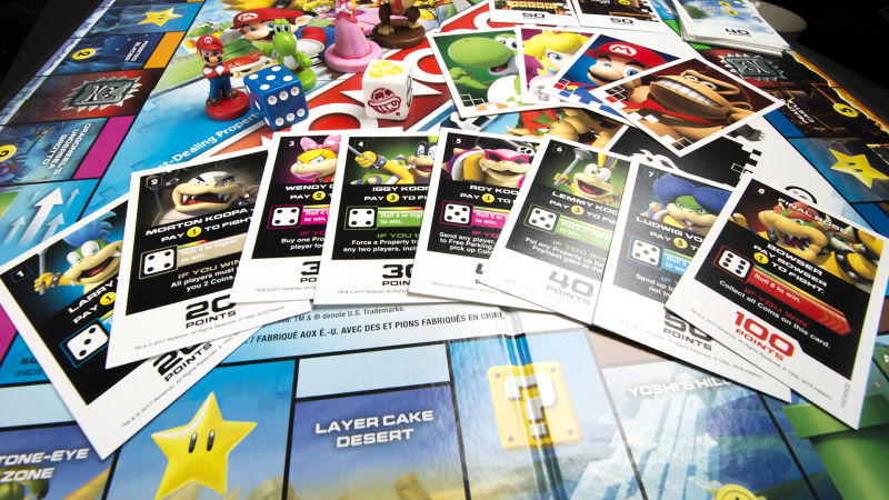 Tarjetas de Boss Fight en Monopoly Gamer